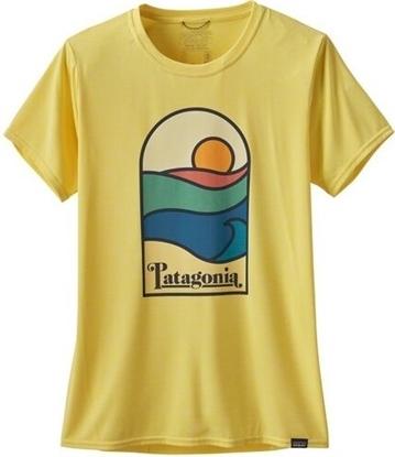 Bilde av PATAGONIA Women's Cap Cool Daily Graphic Shirt Sunset Sets: Pinneaple